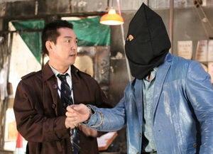 วิ่งกระเตงฟัด Rob B Hood (เฉินหลง กู่เทียนเล่อ)/หนังจีน